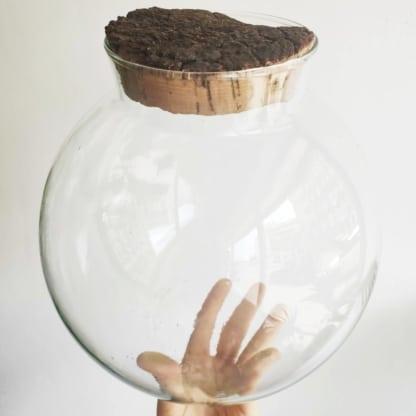 szklana kula z naturalnym korkiem 24 cm
